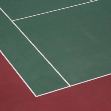 Tenisové povrchy: antuka, hard, koberec, tráva